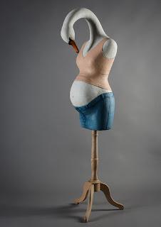 """Sculpture """"C'est un cygne"""" Mélanie Bourlon - exposition Jardins Parisiens - Galerie de la Marraine"""