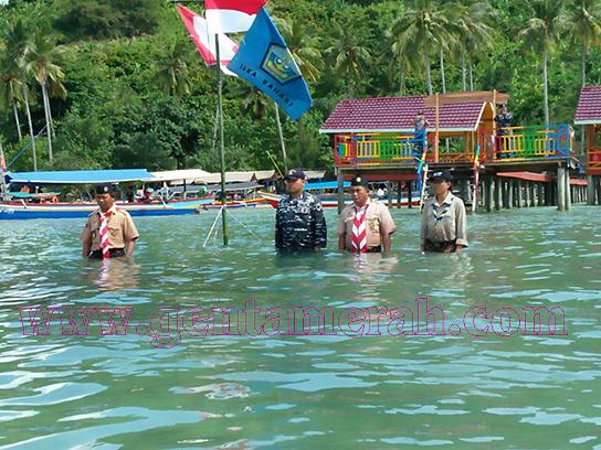 Berbeda.. Peringati Sumpah Pemuda Saka Tanggamus Upacara Di Laut