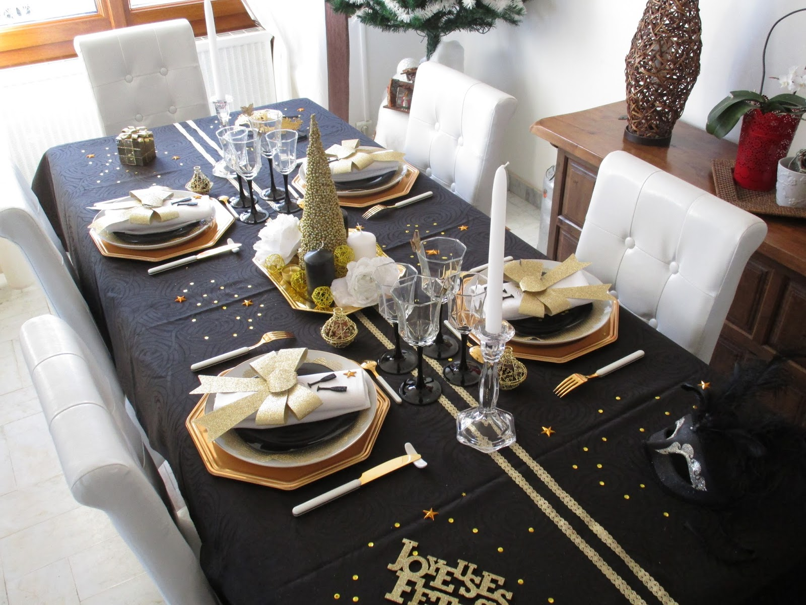 deco table nouvel an noir et or. Black Bedroom Furniture Sets. Home Design Ideas