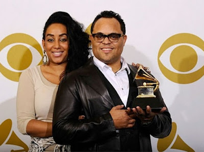 israel houghton divorce with wife