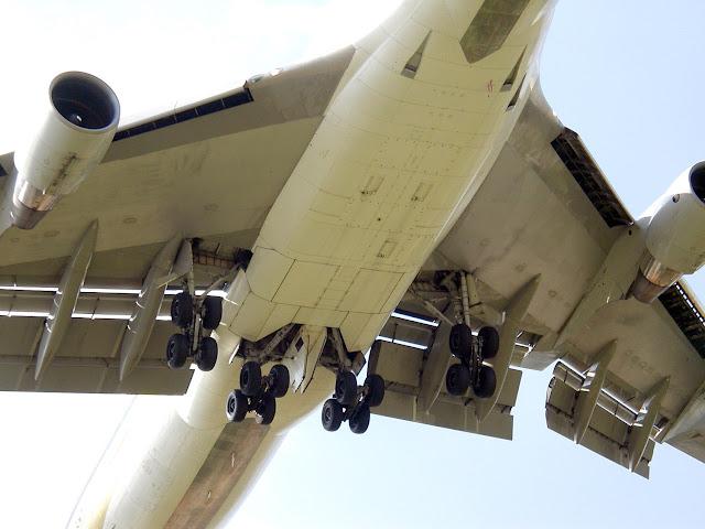 Boeing 747 slats - Aircraft Nerds
