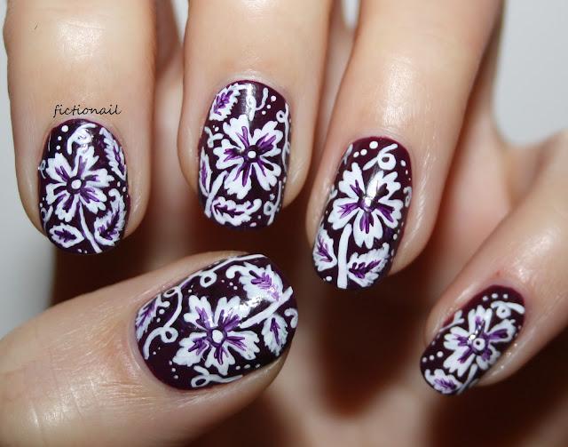 William Morris Monochrome Flower Pattern Nail Art