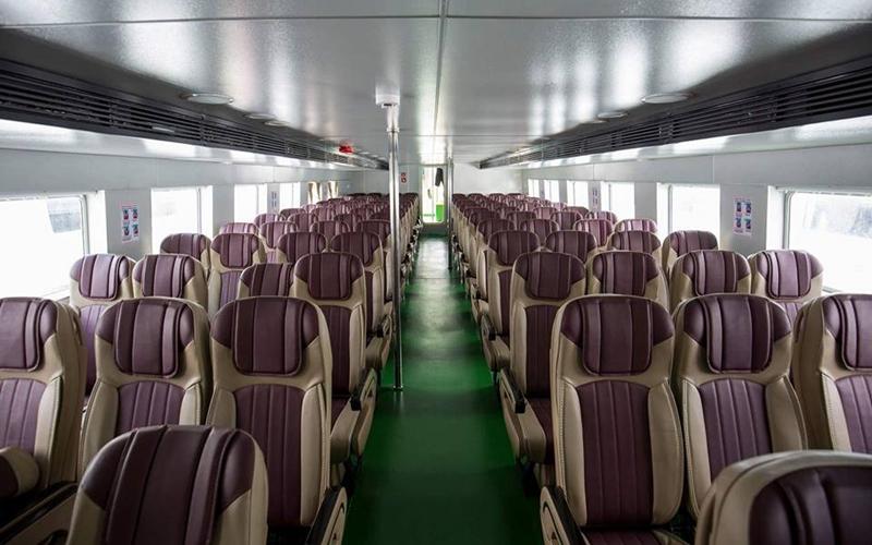 25 năm trong ngành vận tải hành khách. Luôn luôn lắng nghe khách hàng và không ngừng đổi mới.