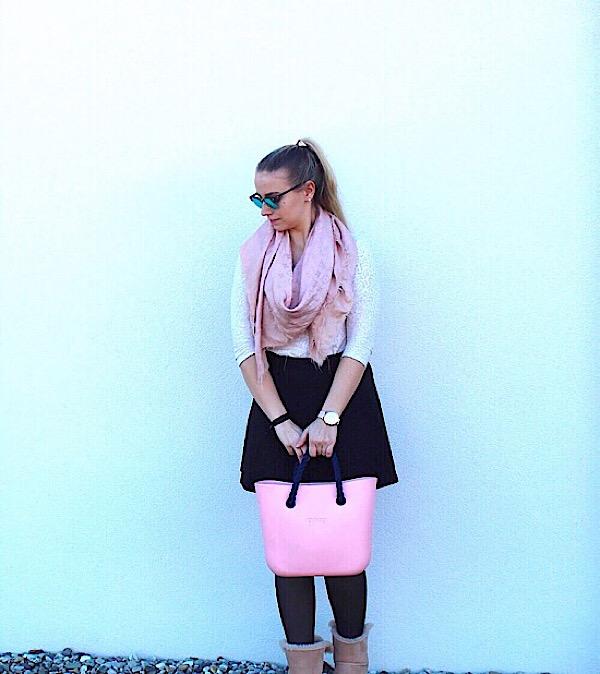 Winter Look schwarz rosa