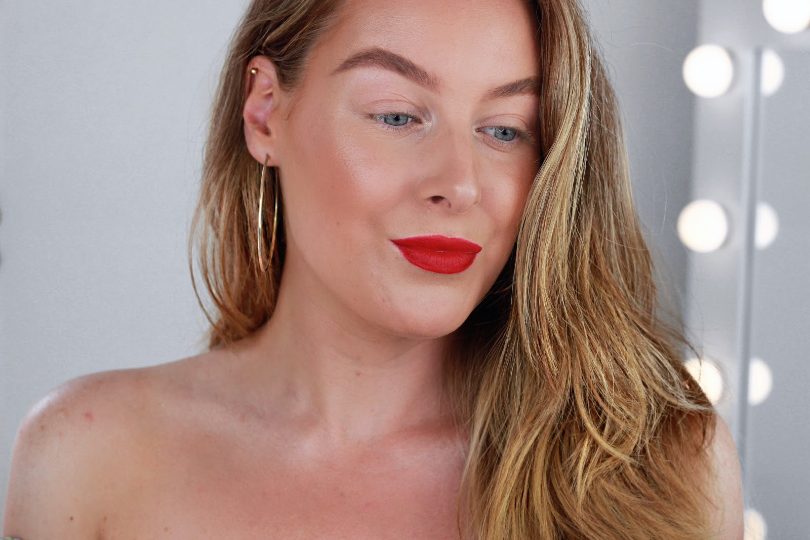 Dewy skin and red lips makeup tutorial