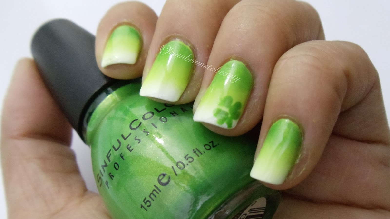 Green ombre nail ideas!