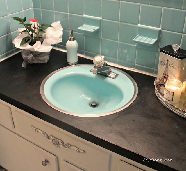 How To Refinish A Bathroom Countertop: 21 Rosemary Lane: Painted Bathroom Counter Top