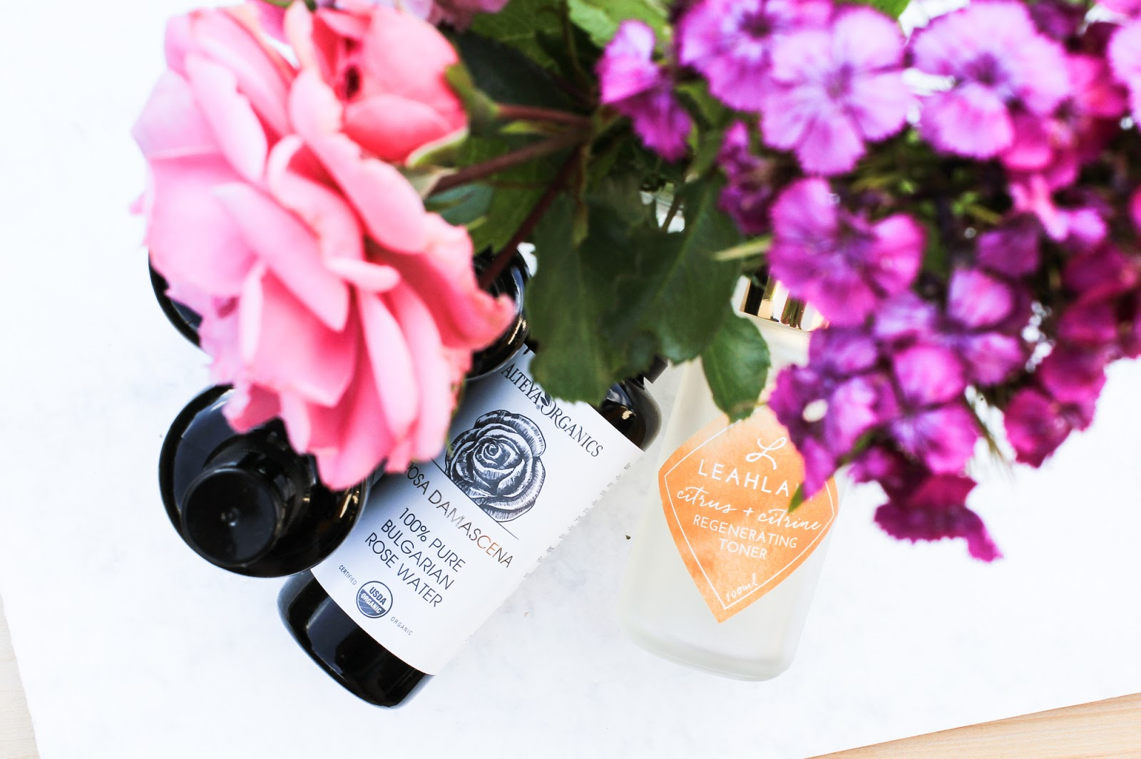 Natural and organic face mists
