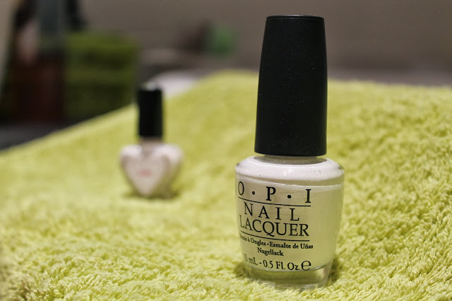 OPI-Alpine-Snow-White-Bottles-swatch
