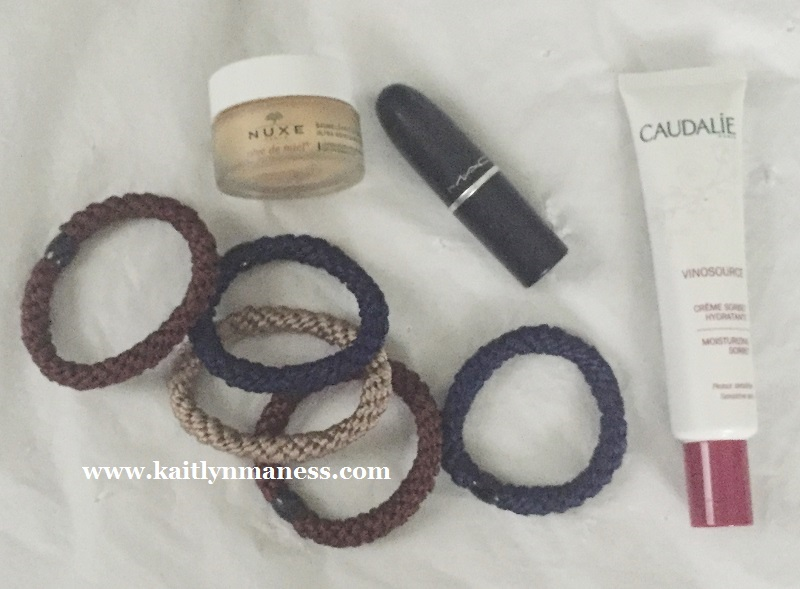 makeup + Grab & Go Pony Tube