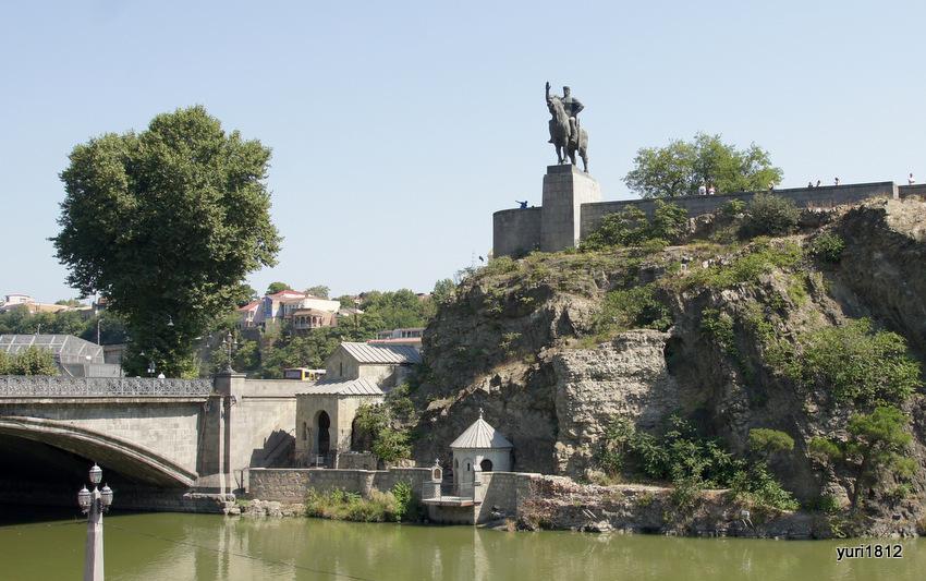 Памятник Вахтангу I Горгасали