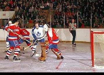 11/30/74: Ron Low made 38 saves