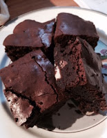 http://www.glamoursleuth.com/2016/04/the-definitive-chocolate-biscuit-cake.html
