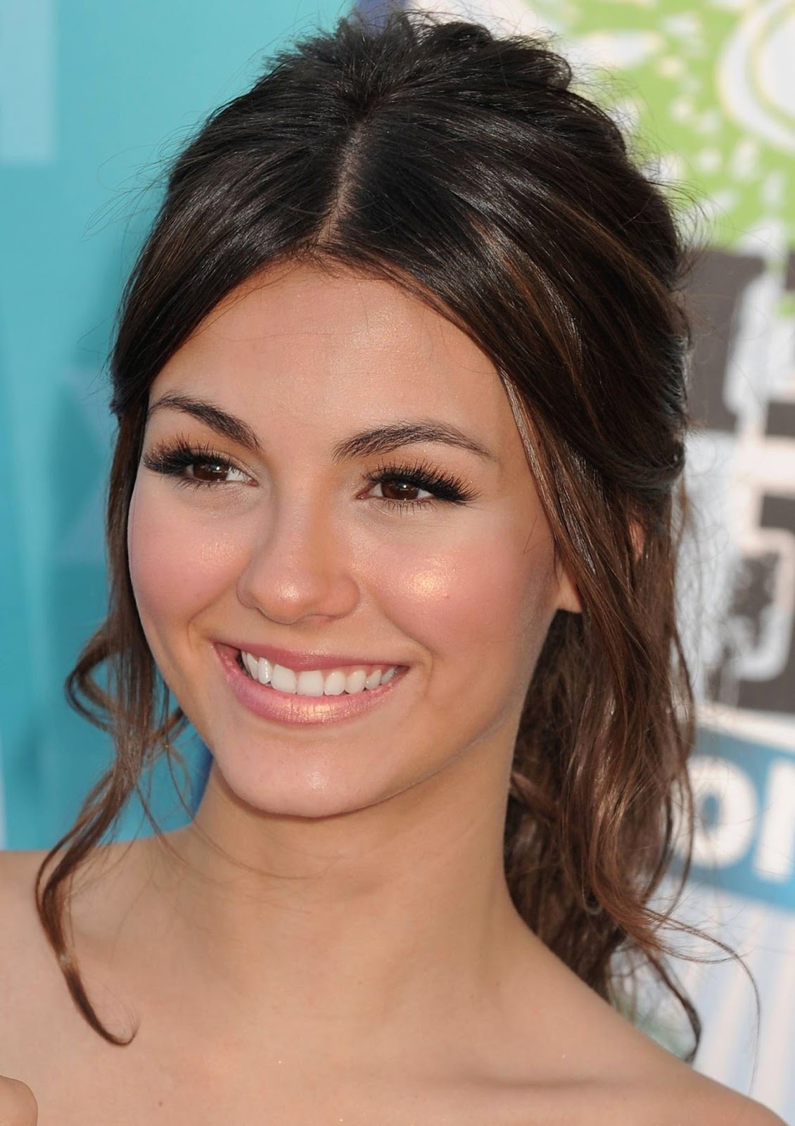 Homecoming Hairstyles - Top Haircut Styles 2017