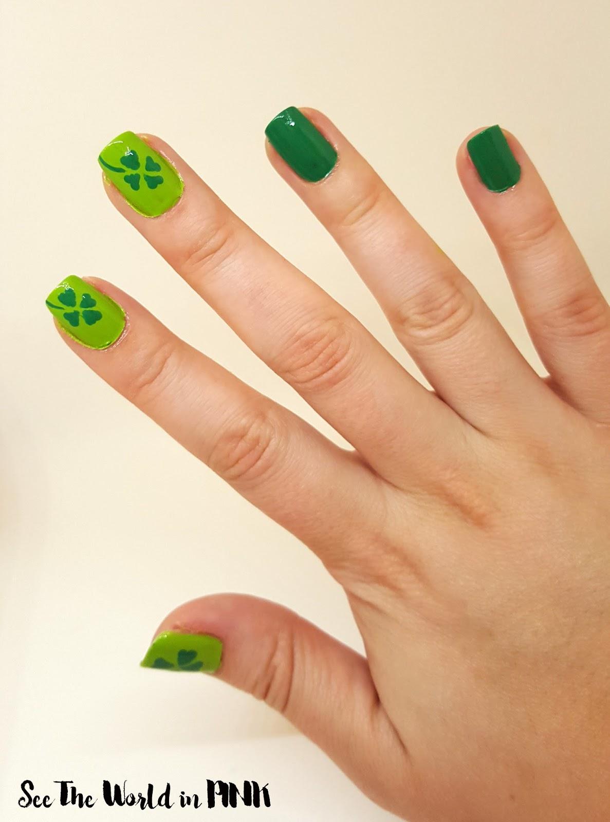 St. Patrick's Day 4-leaf Clover Nails
