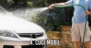 Cuci mobil adalah Kegiatan Menyenangkan Pengganti Olahraga