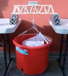 Membangun JEMBATAN dari STIK Es Krim Tahan 100 KG