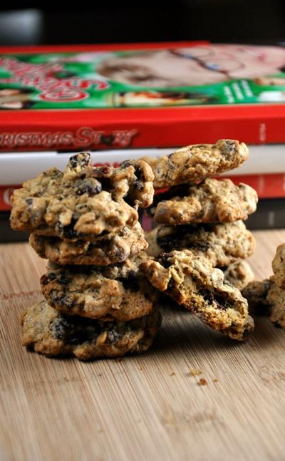 Healthy Dark Chocolate Cranberry Oatmeal Cookies