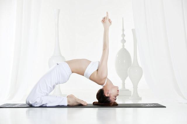 yoga-giup-giam-chung-cao-huyet-ap