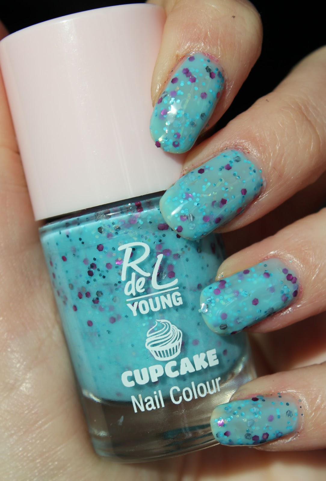 http://lacquediction.blogspot.de/2014/03/rival-de-loop-young-cupcake-le-swatches.html