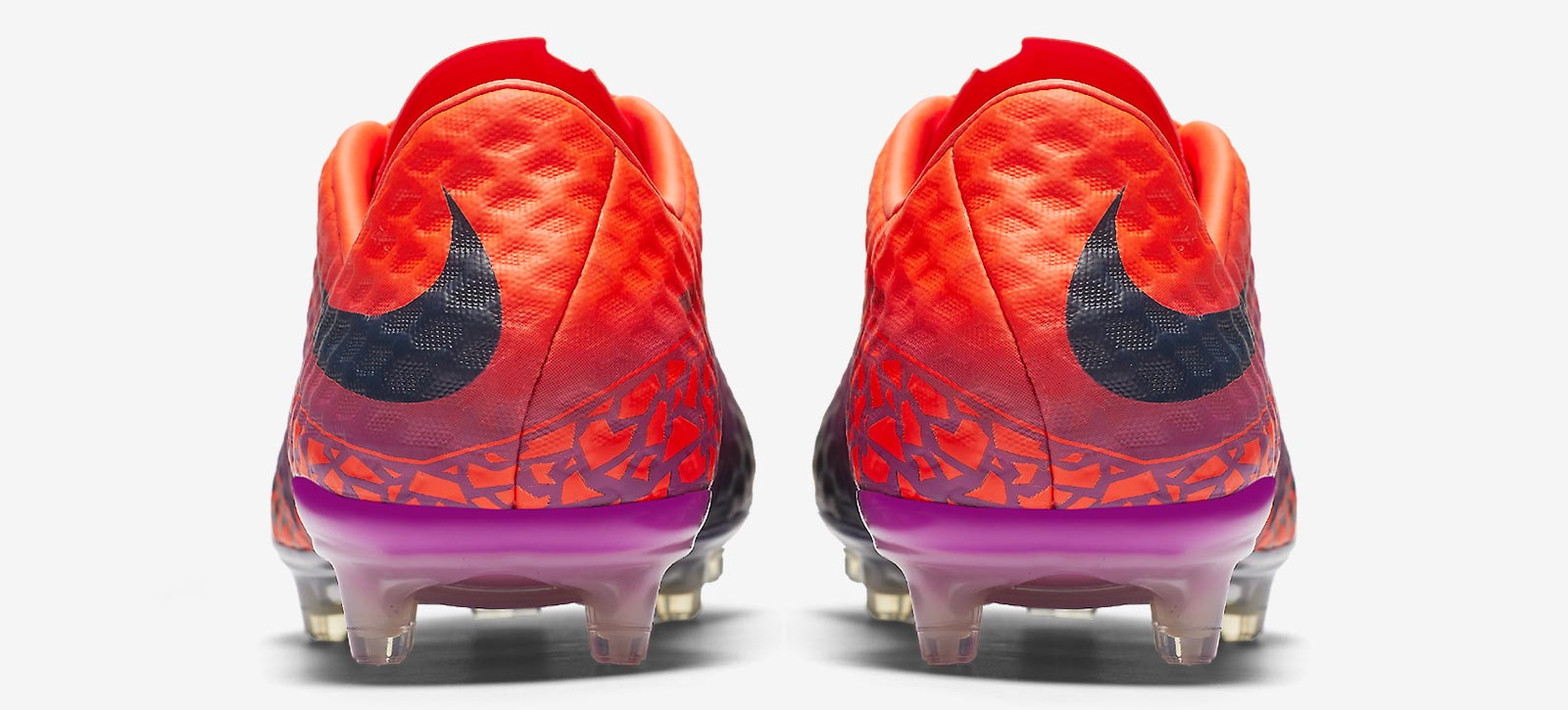 reputable site 7be5c 5a472 Floodlights Pack Nike Hypervenom Phinish 2016-2017 Boots Released - Footy  Headlines