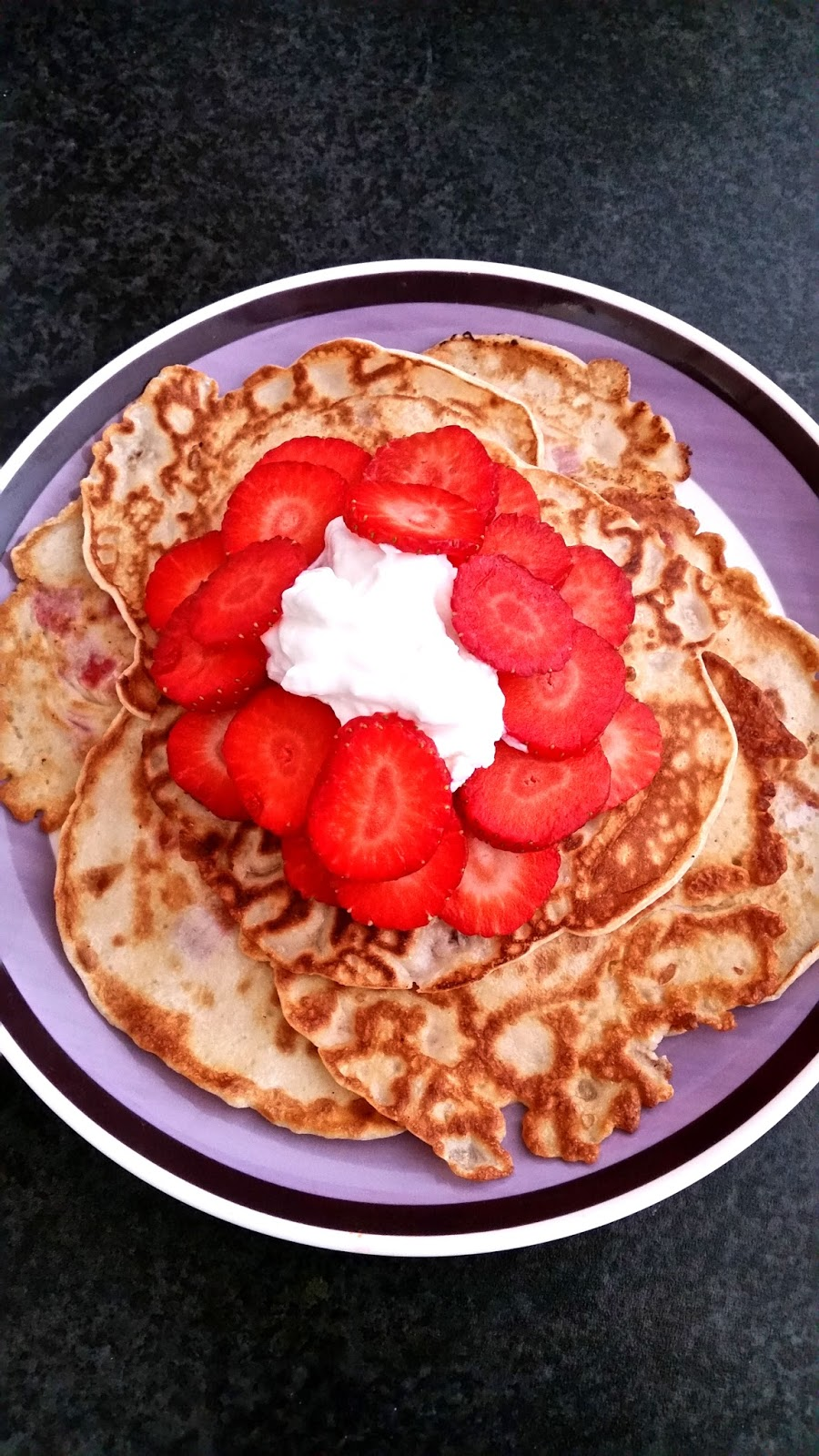 strawberry pancakes, easy pancake recipe