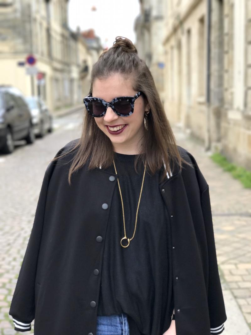 jean et pull noir H&M, teddy noir long Shein, lunette jimmy fairly, collier rebecca minkoff