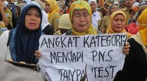 Anak SMP : Pengangkatan Tenaga Honorer Butuhkan Anggaran Rp 23,9 Triliun