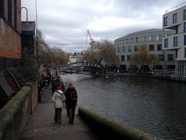 paseo peatonal por Little Venice en Candem
