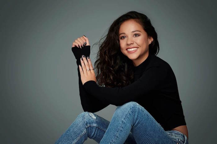 Nickalive breanna yde reveals what shell miss most about photo credit joe scarnici thecheapjerseys Image collections