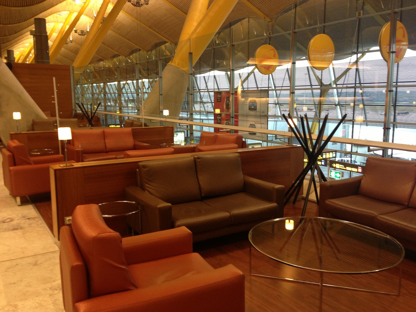 Lounge Insel Atlanta Airport Lounge Report Iberia Dali Business Class Lounge At Madrid