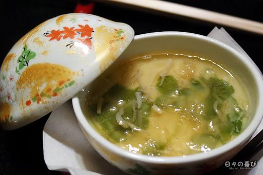Tonyunabe, plat mijoté de lait de soja