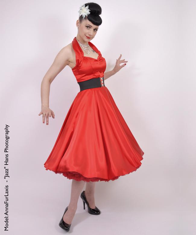 Anna Fur Laxis In Vivien Of Holloway's 1950s Halterneck