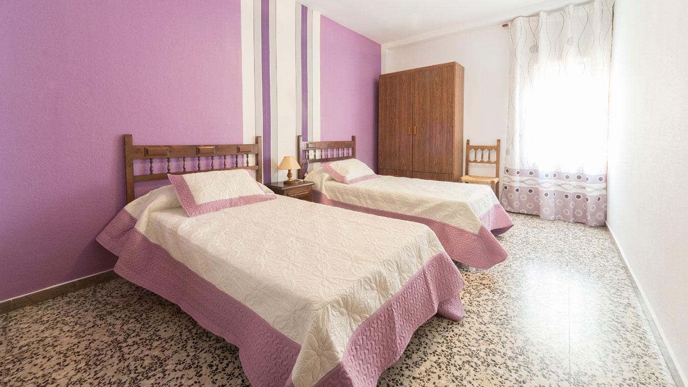 hostal alcorisa teruel habitacion