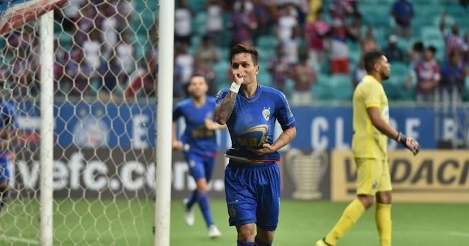 Bahia vence o Salgueiro em noite de gol relâmpago e pintura
