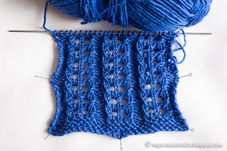 Eyelet ribbing top by Anna
