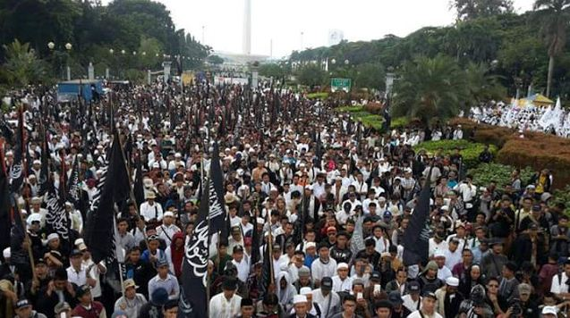 Puluhan Ribu Warga DKI Jakarta Gelar Aksi Tolak Pemimpin Kafir