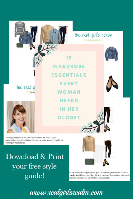 For more style inspiration, download my FREE wardrobe style guide for 20+ outfits!