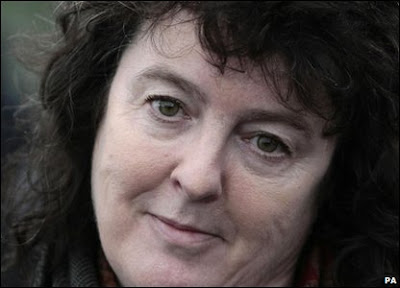 medusa by carol ann duffy Free essay: medusa by carol ann duffy the poem medusa explores the theme  of jealousy and anger the poet illustrates this using the.