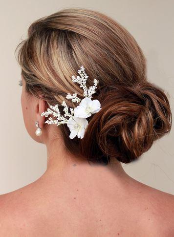 Những mẫu Tóc cô dâu thắt bím kiểu tóc