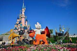 Disneyland Paris Con los niños en la mochila