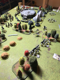 The Imperials advance at the Rebel lines