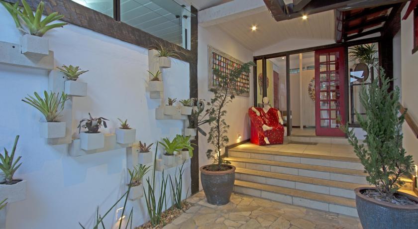Brazil Hotels  Chez Pitu Praia Hotel
