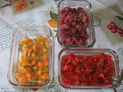 Insalata di melone, sedano, pomodoro