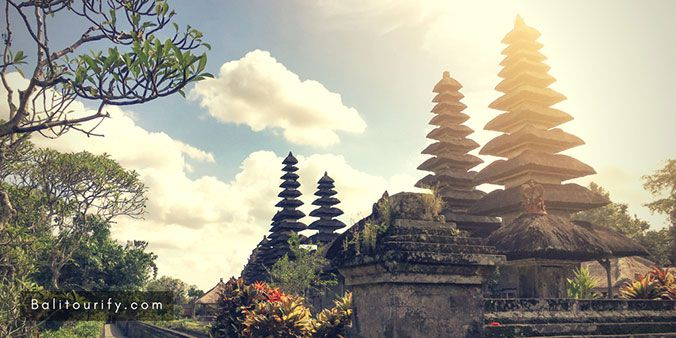 Taman Ayun Temple, Tanah Lot Temple tour, Tanah Lot sunset tour, Bali Half Day Trip Itinerary