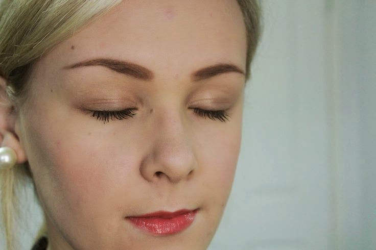 A Pinky Coral Look For Spring | Cate Renée