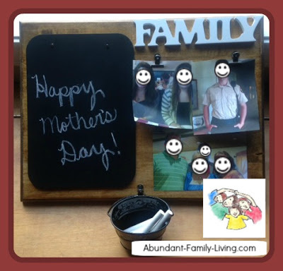 Chalkboard Plaque Makes a Great Photo Gift
