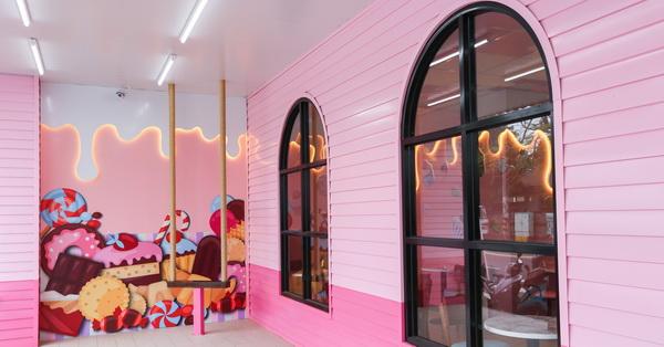 台中后里|全台第一家粉紅糖果屋7-11,棒棒糖、蛋糕、冰淇淋,整個少女心都融化了