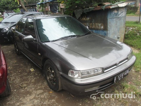 "12 Mobil SEDAN Bekas 20 Jutaan Terbaru 2017 ""Siap Angkut"""