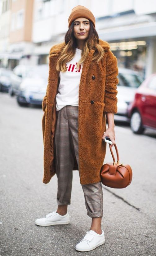 BROWN PALETTE: AN EDGY TAKE ON CHECKED TROUSERS
